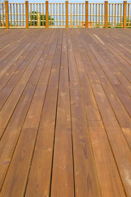 cedar deck in Thunder Bay Ontario